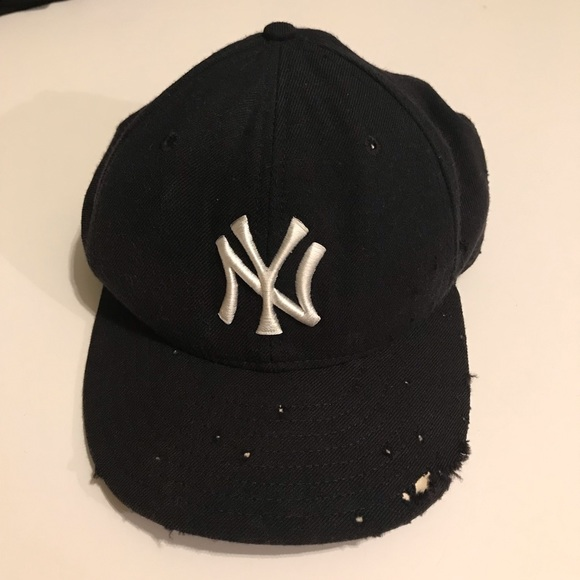 New Era Other - Shredded Vintage New York Yankees Fitted Hat 7 1/4
